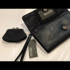 NWT! Kenneth Cole Reaction Wallet/Wristlet
